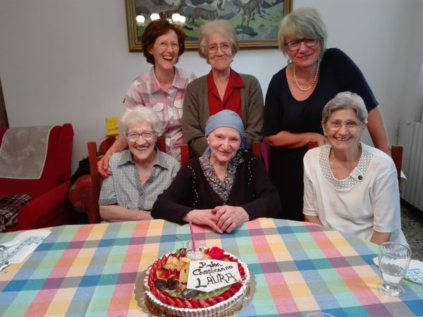 Laura, 98 anni